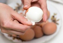 how long does it take to boil an egg
